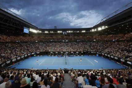 Mečevi Australijen Opena NA ZATVORENIM terenima!
