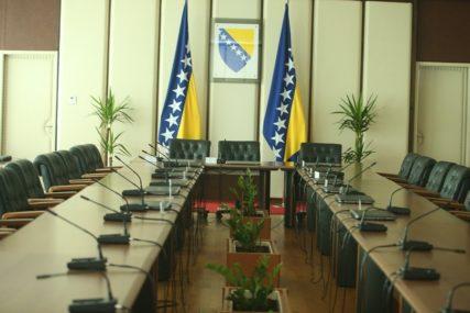 TVOJ KANDIDAT TAMO, AKO MOJ PROĐE ONAMO Politika uslovljavanja JEDINI PUT do dogovora u BiH