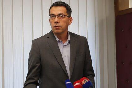 """""""KAO RAŠTIMOVAN ORKESTAR"""" Golić tvrdi da je na sceni ponižavanje Srpske u institucijama BiH"""