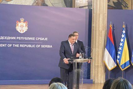 """SASTANAK DODIKA I VUČIĆA """"Izmjena Dejtona značila bi da Srpska više nije u BiH"""""""