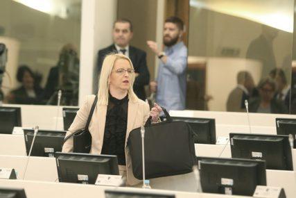 """BURSAĆEVA O MEKTIĆU """"On je sahranio Prijedlog zakona o izboru sudija Ustavnog suda"""""""