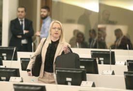 POSLANICI ODRŽALI KONSULTACIJE Bursać: Jednoglasno ponovljen stav stranaka iz Republike Srpske