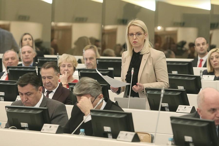 REDOVNA PROCEDURA: SNSD i HDZ predali zajednički prijedlog zakona o izboru sudija Ustavnog suda BiH