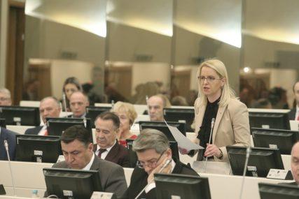 """Bursaćeva poručuje """"Prenervozna reagovanja eksponenata zapadnih politika u BiH"""""""