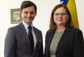 Italijanski ambasador u BiH naučio kako se savija pita: Da mi ne nedostaje KADA ODEM KUĆI (FOTO)