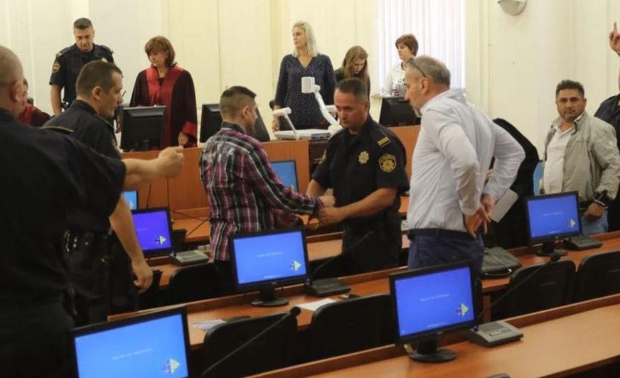 NISU KRIVI ZA SMRT DŽENANA MEMIĆA Sud u Sarajevu ponovo oslobodio Seferoviće