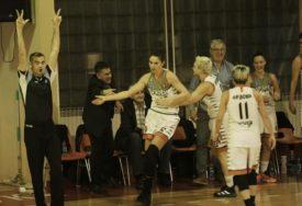 UZOR MLAĐIM IGRAČICAMA Svitlica: Rođena sam sa košarkaškom loptom