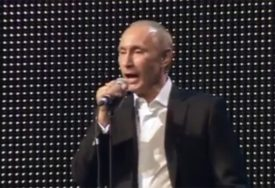JOŠ JEDAN POLITIČAR SE UHVATIO MIKROFONA Putin zapjevao i digao na noge glumačke zvijezde (VIDEO)