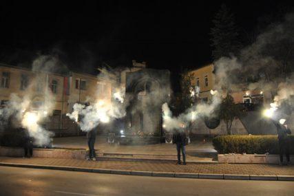 ČESTITKA ZA 9. JANUAR Zvorničani bakljadom obilježili Dan Republike