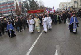 POVODOM BOGOJAVLJENJA Pravoslavni vjernici tradicionalno plivaju za ČASNI KRST