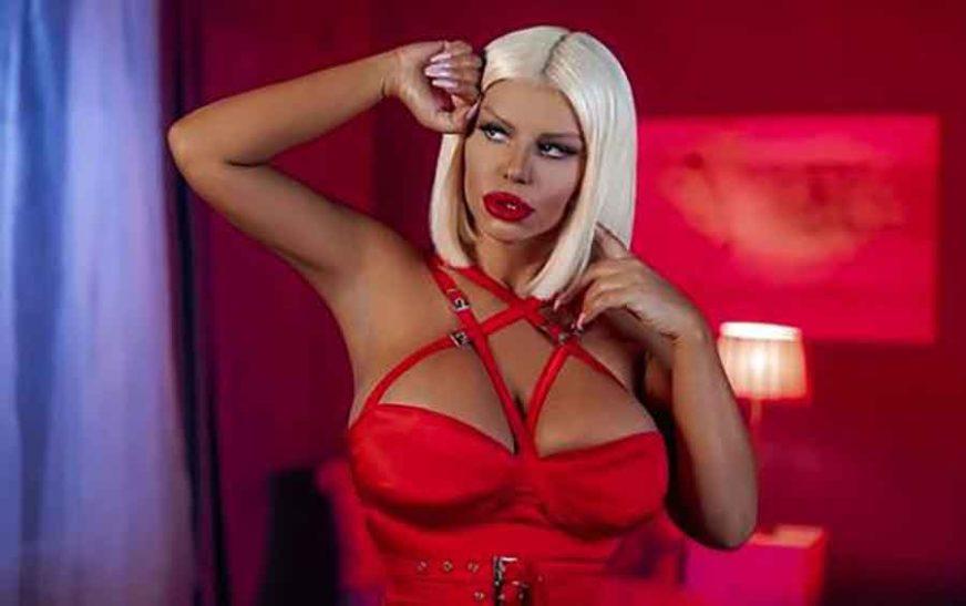 DARA BUBAMARA NEKAD I SAD Ovako je pjevačica izgledala bez silikonskih grudi i plastičnih operacija (FOTO)