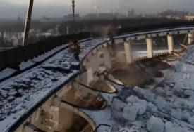 TRAGEDIJA U RUSIJI Srušio se krov dvorane, ima mrtvih (UZNEMIRUJUĆI VIDEO)