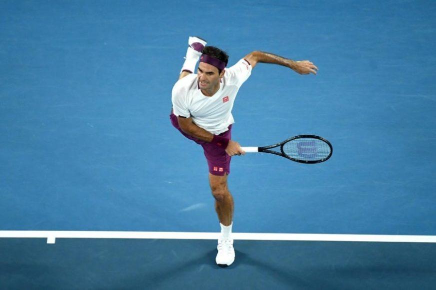 """Federer izgubio prvi set, pa """"počistio"""" Fučoviča"""