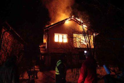 NEIZVJESNOST UBI GORAŽDE Porodična kuća u potpunosti izgorjela, još se ne zna ŠTA JE SA ŽENOM