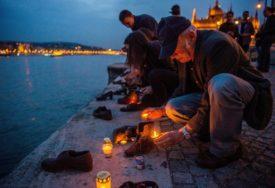 TUGA I CIPELE NA OBALI Posveta žrtvama nacizma koje su bačene u Dunav (FOTO)