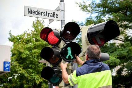 CRVENA, ŽUTA I ZELENA Da li znate odakle potiču boje na semaforu?