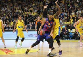 Makabi slomio Barselonu, Alba pokvarila povratak Barcokasa