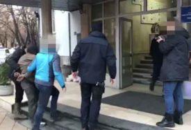 Najtraženiji bjegunac regiona KONAČNO IZA REŠETAKA: Prvi snimak monstruma nakon hapšenja (VIDEO)