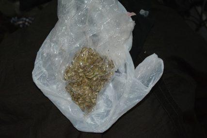 UHAPŠEN BANJALUČANIN Prilikom privođenja bio na tri droge