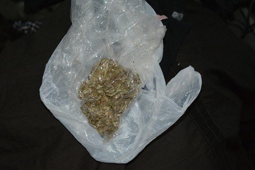 UHAPŠEN BANJALUČANIN Prilikom legitimisanja pokušao da sakrije drogu