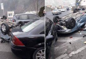 AUTOMOBIL ZAVRŠIO NA KROVU Saobraćajna nesreća u Konjicu