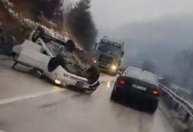 NE PANIČITE, REAGUJTE Savjeti šta treba da uradite ako se blizu vas dogodi saobraćajna nesreća