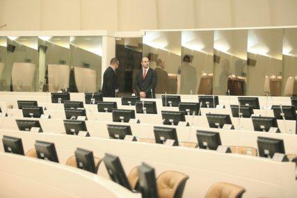 BEZ POSLANIKA U Parlamentu BiH do sada troje zaraženih virusom korona