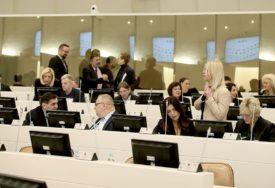 Uskladiti finansije sa VANREDNOM SITUACIJOM: Srpski poslanici o predloženom nacrtu budžeta BiH