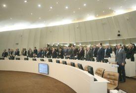 NEDOSTAJU ZAKONSKA RJEŠENJA I članovi Komisije za sukob interesa u sukobu interesa