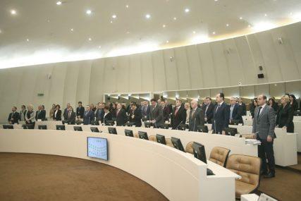 NE DAJU PLATE Mehmedovićeva inicijativa bez podrške u Parlamentarnoj skupštini BiH
