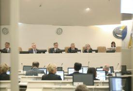 JOŠ KORAK DO BUDŽETA Poslanici prihvatili izvještaj komisije