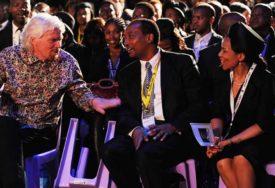 PAZI ŠTA GOVORIŠ Milijarder se izvinio jer je lideru Amerike rekao AFRIKA VAS VOLI