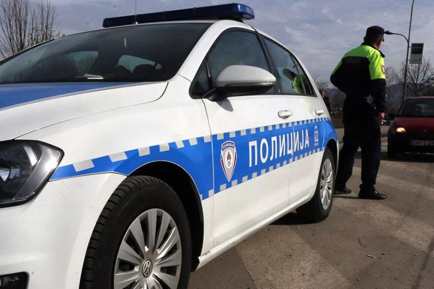 SAOBRAĆAJKA U BIJELJINI Automobil udario u BETONSKI ZID, ima I TEŠKO POVRIJEĐENIH