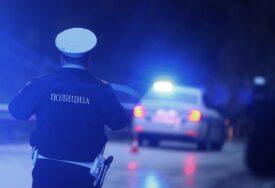DEBELI DOSIJE PIJANOG VOZAČA Za prebijanje građana i napade na policiju dobijao BLAGE KAZNE