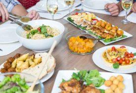 JAGMA ZA NUTRICIONISTIMA U SRPSKOJ Za praznike smo se UBUCILI, a kako se vratiti u TOP FORMU