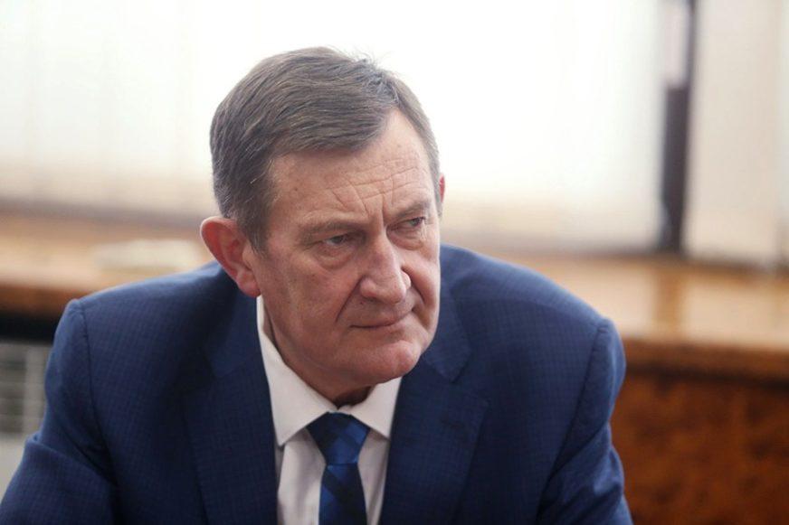 OLAKŠANJE ZA TRANSPORT ROBE Mitrović: Granični prelaz kod Svilaja u funkciji od druge polovine godine