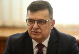 PRIORITET ZDRAVLJE I PRIVREDA Tegeltija poručio da se zbog korone mora mijenjati politika