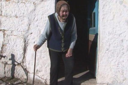 STARICA JE JEDINI STANOVNIK SELA TODORIĆI Rosa (83) 22 godine nije otišla u prodavnicu