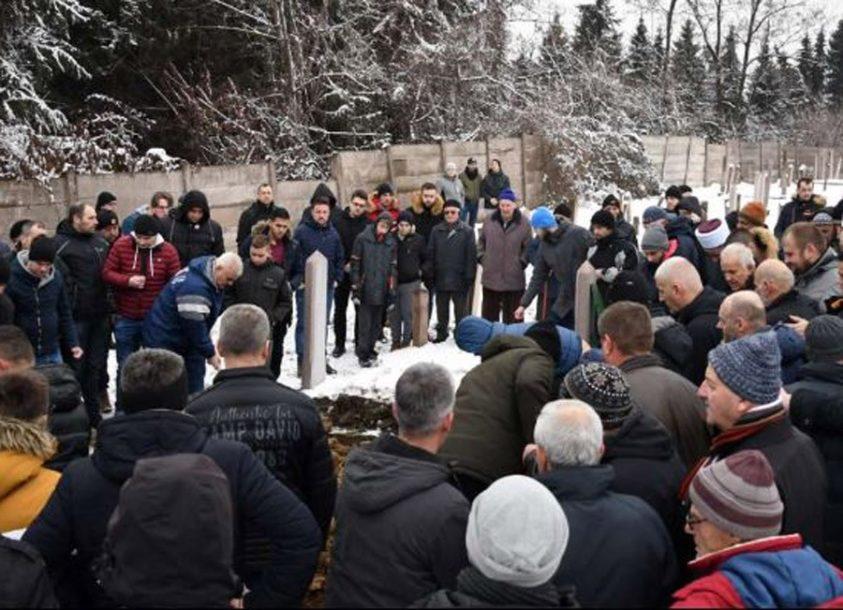 PORODICA NEUTJEŠNA Zeničanin (26) nestao početkom mjeseca, njegovo tijelo pronađeno u kamenolomu