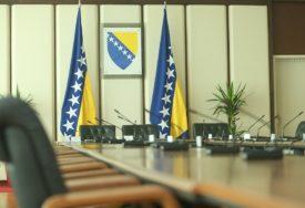 """Praznici samo ogoljuju UNUTRAŠNJE PROBLEME:  """"Dan nezavisnosti"""" i ove godine podijelio BiH"""