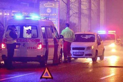 Prolaznici ugasili vatru, ali NJEMU NIJE BILO SPASA: Na autobuskom stajalištu IZGORIO MUŠKARAC