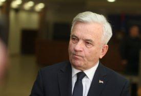 """""""ODRŽAVATI OVAJ NIVO ZAŠTITE INTERESA SRPSKE"""" Čubrilović nakon posebne sjednice NSRS"""