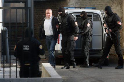 KOVAČEVIĆ POSUĐIVAO NOVAC NA KAMATU Optuženi za ubistvo Krunića i Pavlovića zajedno ljetovali