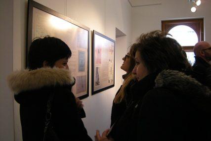 """O ŽIVOTU I STRADANJU Otvorena izložba """"Tragom brčanskih Jevreja"""" (FOTO)"""