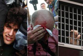 PREKORAČILI OVLAŠĆENJA Ruski policajci kažnjeni zbog upotrebe sile na protestima protiv Putina