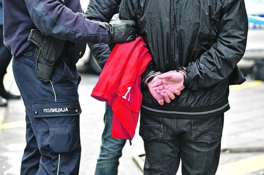 DOLIJALO LICE S POTJERNICE Banjalučka policija uhapsila osobu koja je zbog OVOG bježala od zakona