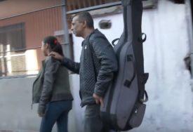 """""""TO NIJE USPJELA NIJEDNA INSTITUCIJA"""" Spasao Romkinju od udaje i teške sudbine (VIDEO)"""
