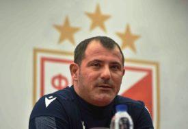 ZVEZDA POČELA PRIPREME Stankoviću na raspolaganju 26 igrača