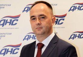 """""""NE VIDE SEBE TAMO, KADA JA NISAM TU"""" Nakon Cvijetinovića DNS napušta i većina rukovodstva GO u Bijeljini"""
