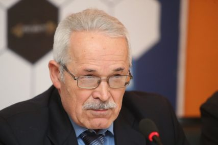"""""""NAMETNULI GA STRANCI"""" Dragutin Ilić pozvao na hitne izmjene Izbornog zakona"""